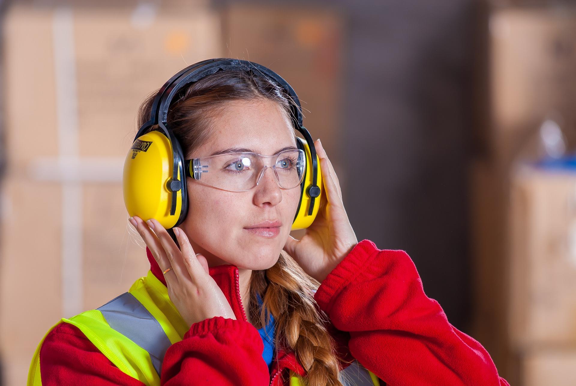 høreværn og briller