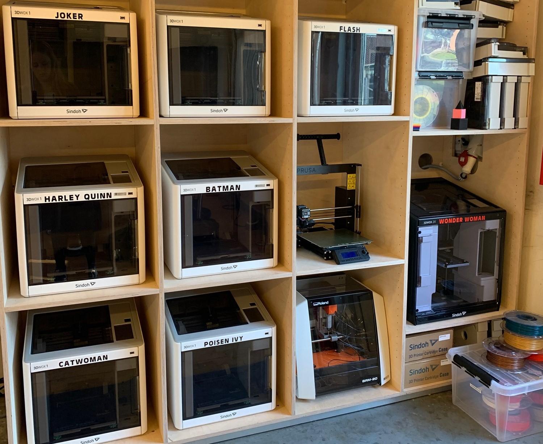 3D printerne med deres navne i FabLab Middelfart