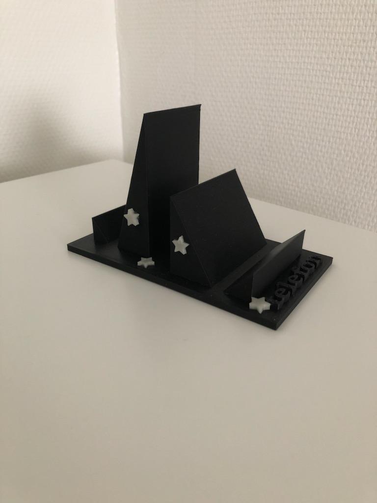 Sort mobilholder printet på 3D printer