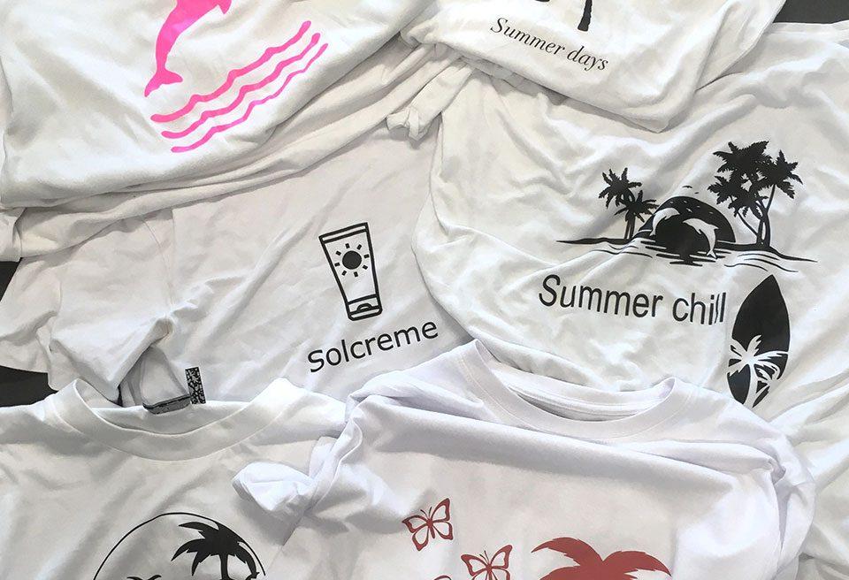 T-shirt i bunler med logo påtrykt