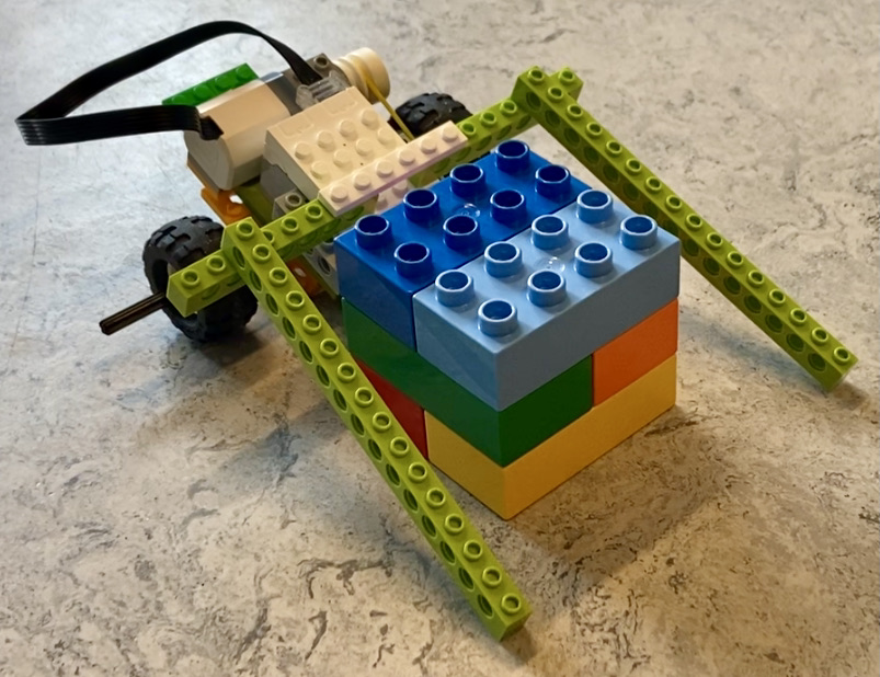 Legobil med løftearme